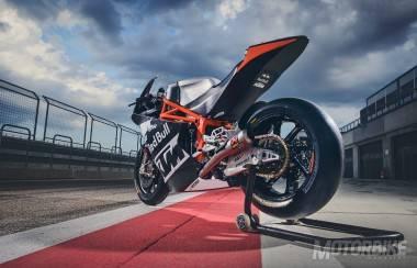 ktm-moto2-2017-05