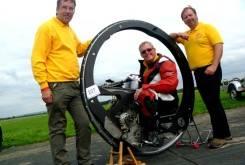 record moto monociclo 18