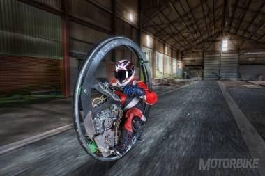 record-moto-monociclo-21