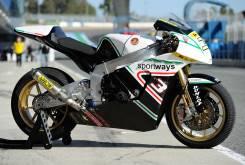 subasta moto2 2010 motobi simone corsi 001