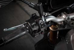 Yamaha MT 10 SP 2017 detalles 37