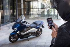 Yamaha TMAX 2017 Connect vodafone 079