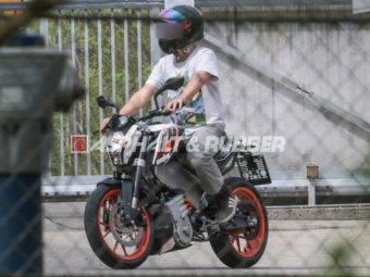 KTM E Duke espia 2