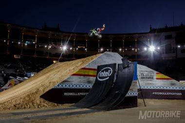 Maikel Melero performs a Superman Double Seat Grab during training at the Red Bull X-Fighters in Madrid, Spain on June 23, 2016 // Aitor Matauco / Red Bull Content Pool // P-20160721-00243 // Usage for editorial use only // Please go to www.redbullcontentpool.com for further information. //