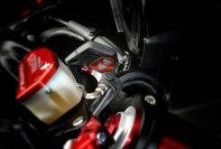 MV Agusta Dragster 800 RR Lewis Hamilton LH44 2017 24