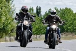 Triumph Bonneville Bobber vs Moto Guzzi V9 Bobber 30