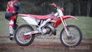 honda-cr250r-on-the-pipe-3-adam-riemann
