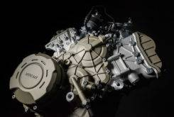 Ducati Desmosedici Stradale 2018 motor 03