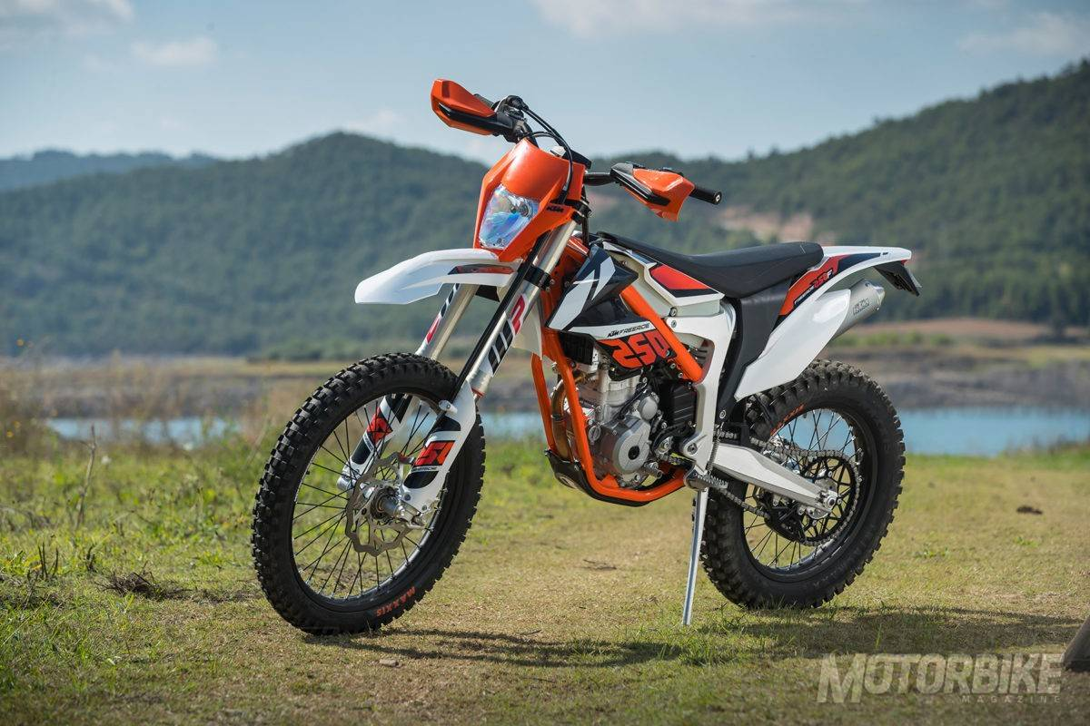 ktm freeride 250 f 2018 precio fotos ficha t cnica y. Black Bedroom Furniture Sets. Home Design Ideas