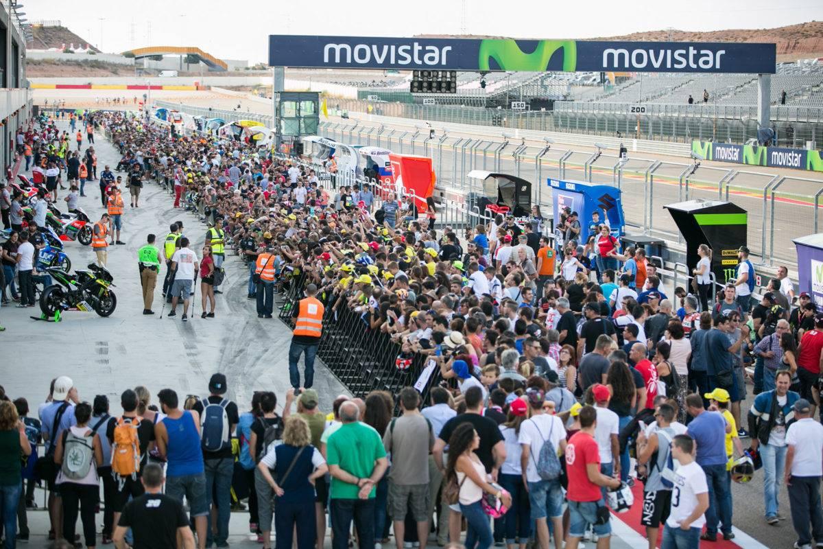 MotorLand-Aragon-MotoGP-pit-walk