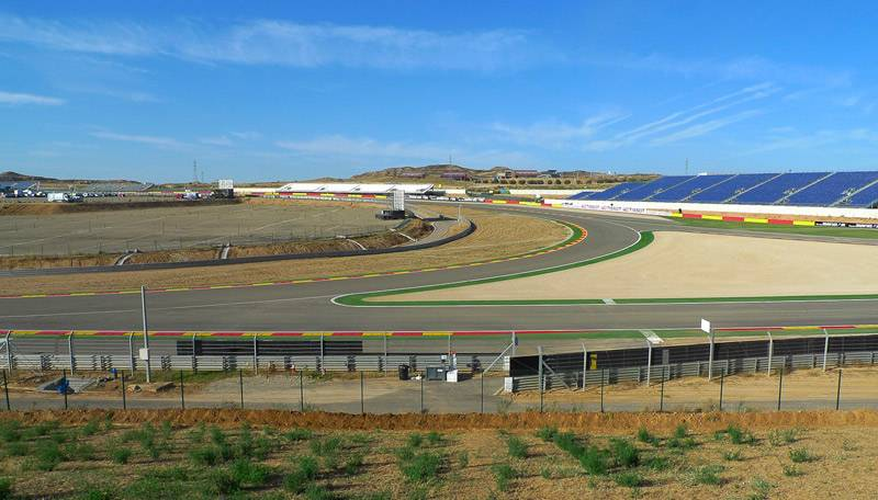 MotorLand Aragon_Pelouse 6
