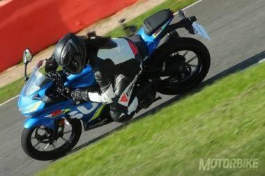 Suzuki-GSX-R125-2017-prueba-092