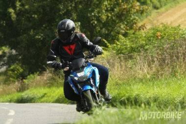 Suzuki-GSX-S125-2017-prueba-mbk-021