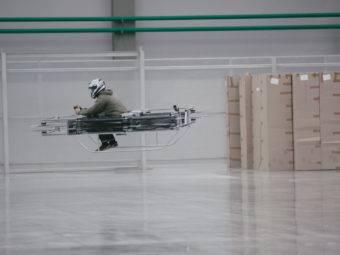 moto voladora kalashnikov 03