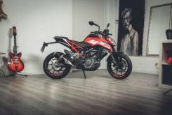 KTM 125 Duke 2017 checklist 23