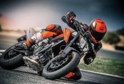 KTM 790 Duke 2018 Fotos accion 6