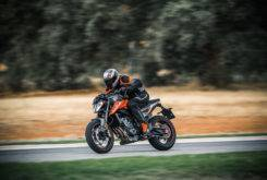 KTM 790 Duke 2018 Fotos accion 9