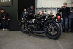 Triumph Bonneville Bobber Black 2018 04