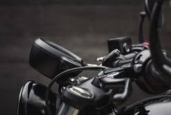 Triumph Bonneville Bobber Black 2018 25