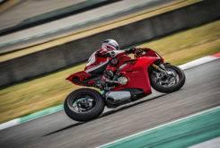 Ducati Panigale V4 S 2018 10