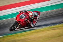 Ducati Panigale V4 S 2018 15