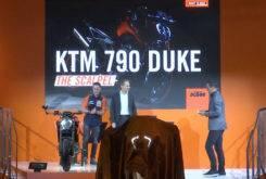 KTM 790 Duke 2018 EICMA 2017 13.07.21