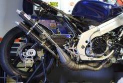 Suzuki RGV250 VJ22 Red Bull 13