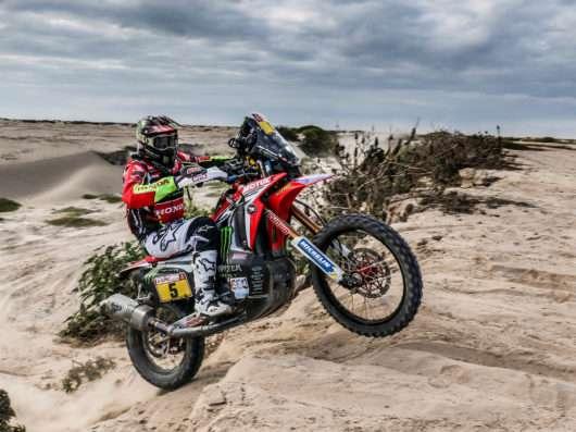 Joan-Barreda_Dakar-2018_victoria-quinta-etapa-530x397.jpg