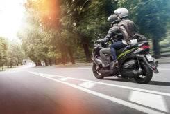 Kawasaki J300 2018 05