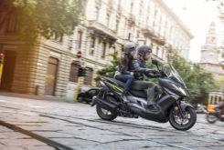 Kawasaki J300 2018 06