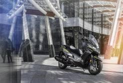 Kawasaki J300 2018 14
