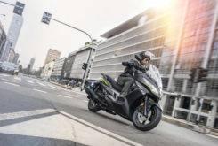 Kawasaki J300 2018 16