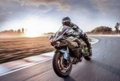 Kawasaki Ninja H2R 2018 08