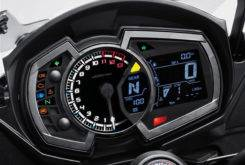 Kawasaki Z1000SX 2018 01
