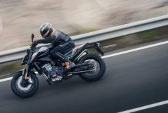 Fotos accion KTM 790 Duke 2018 11