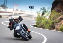 Fotos accion KTM 790 Duke 2018 12