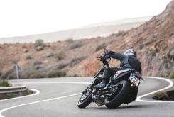 Fotos accion KTM 790 Duke 2018 17