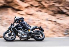 Fotos accion KTM 790 Duke 2018 19