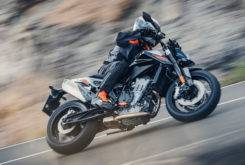 Fotos accion KTM 790 Duke 2018 3