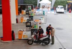 Marc Marquez Dani Pedrosa camara oculta gasolinera 01