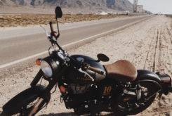 Royal Enfield Classic 500 Scalpers 06