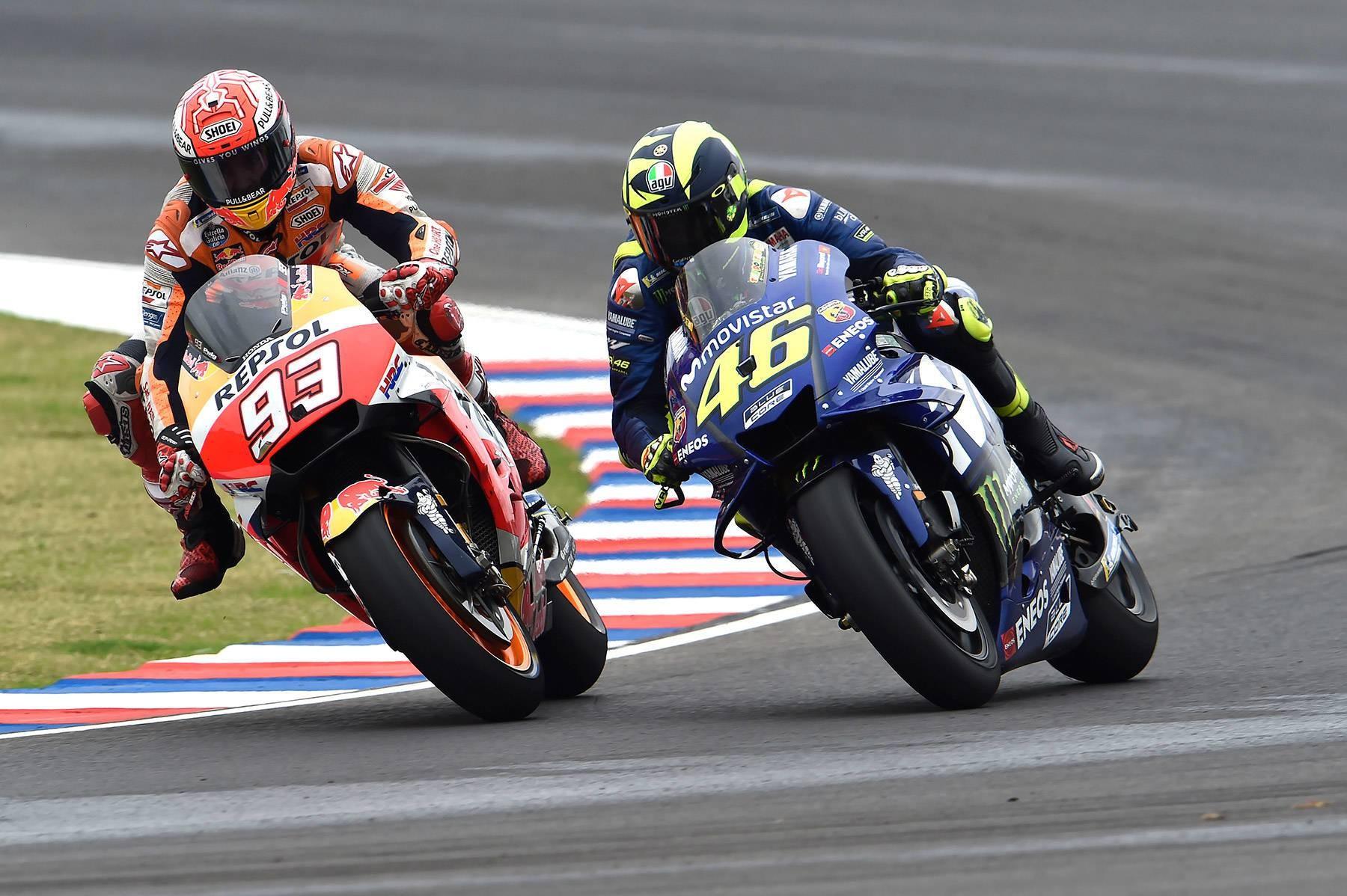 Valentino Rossi, a Márquez: «Yo tiré a cuatro pilotos en 20 años, tú a cinco en una carrera ...