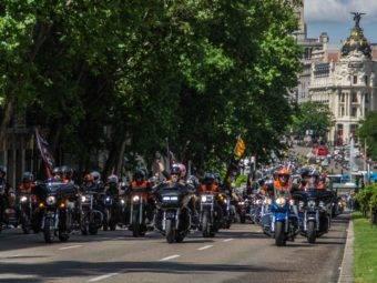 Desfile Harley Davidson KM0 2