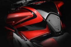MV Agusta Brutale RR LH44 Lewis Hamilton 2018 13