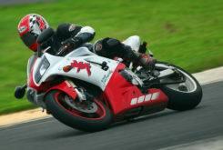 Yamaha YZF R1 1998 03 2