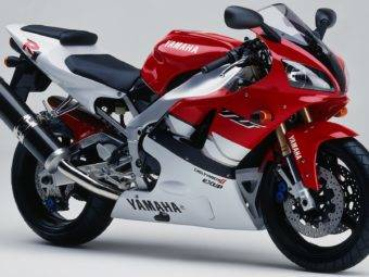 Yamaha YZF R1 1999 03