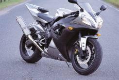 Yamaha YZF R1 2002 06