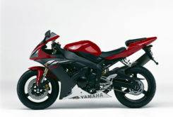 Yamaha YZF R1 2003 02