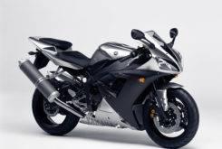 Yamaha YZF R1 2003 09