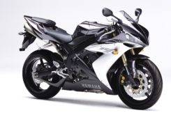 Yamaha YZF R1 2004 03
